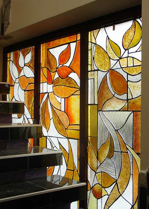 Glaskunst am Treppenaufgang