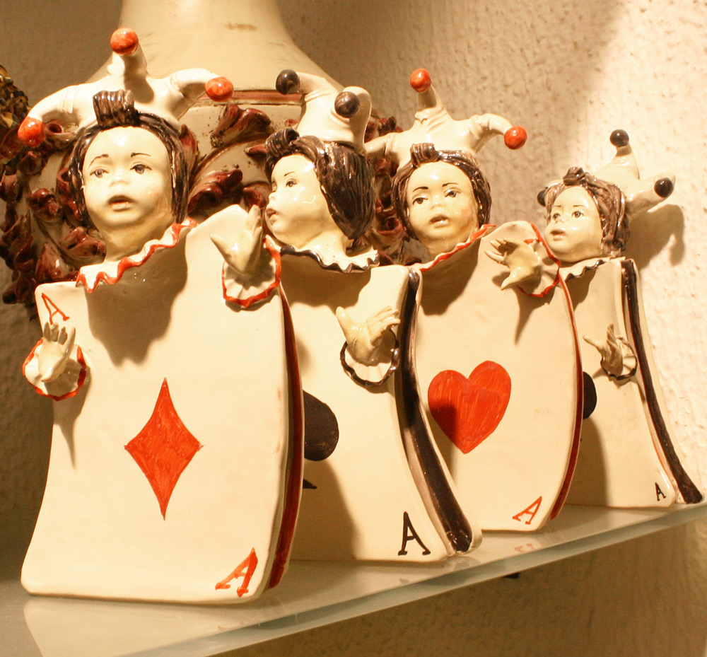 Kartenjoker aus Keramik
