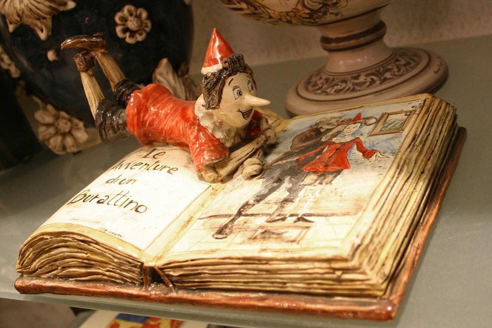 Pinocchio Keramikarbeit