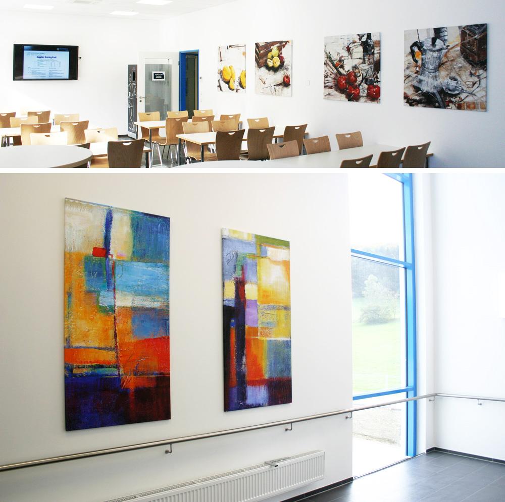 Moderne Kunst in den Gemeinschaftsräumen eines Unternehmens